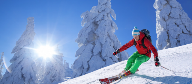 Que mettre dans son sac à dos sur les pistes de ski?